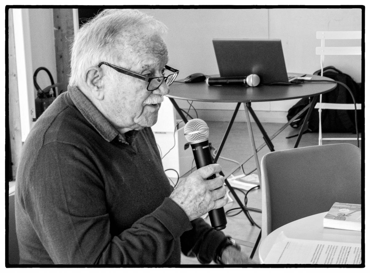 Jean Le Gal présente un bref historique de la Pédagogie Freinet