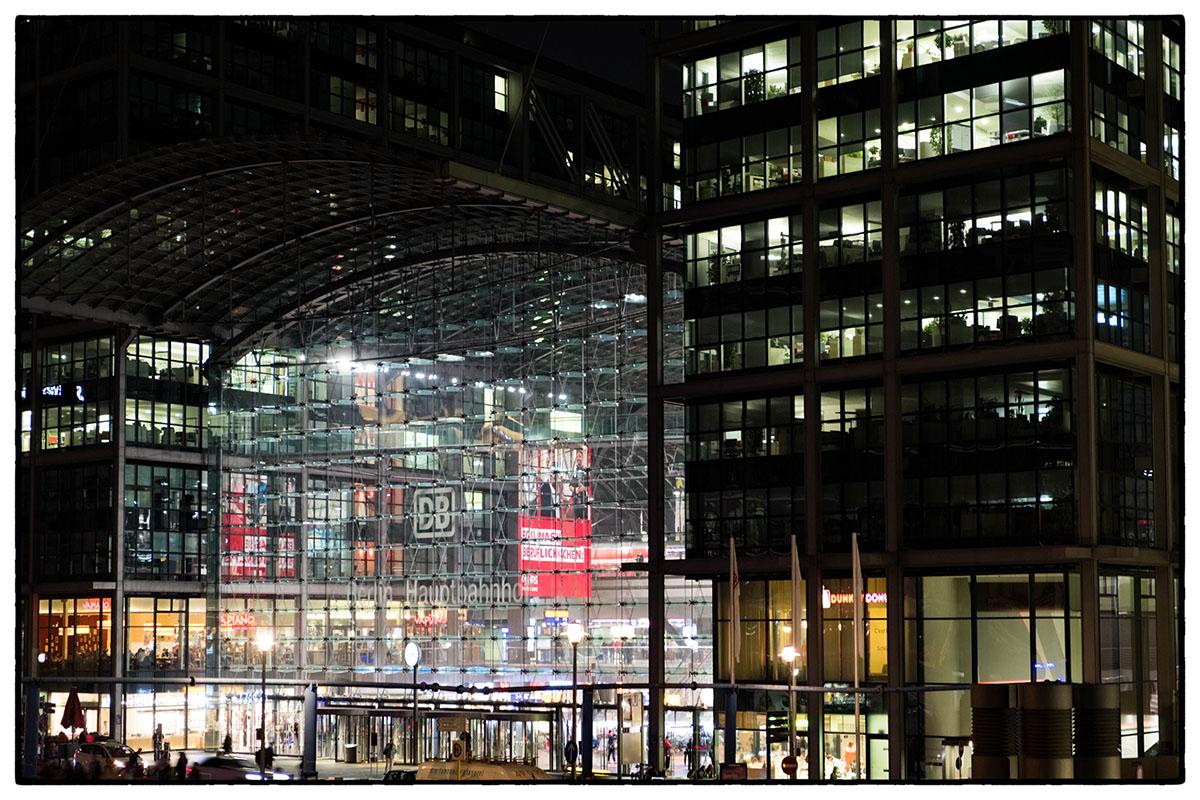 La gare Hautbahnhof