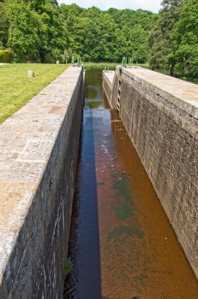Canal de Nantes à Brest - Pont Gwern/Mellionec