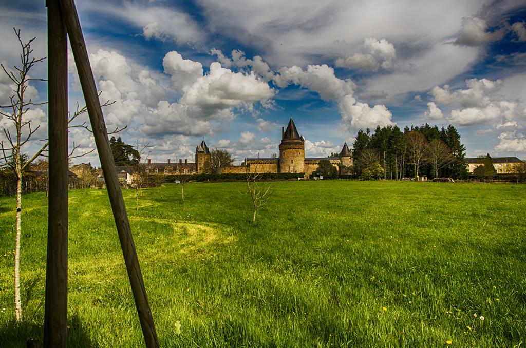 Château de Blain vu du jardin médiéval