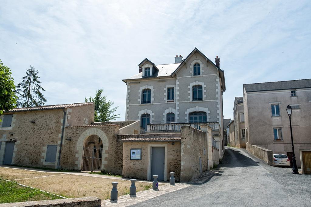 Maison de Julien Gracq à St-Florent le Vieil