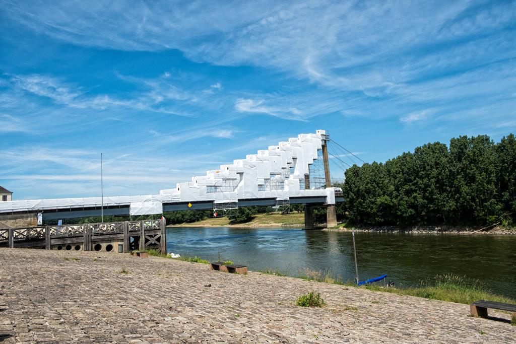 Pont de St-Florent le Vieil en réfection